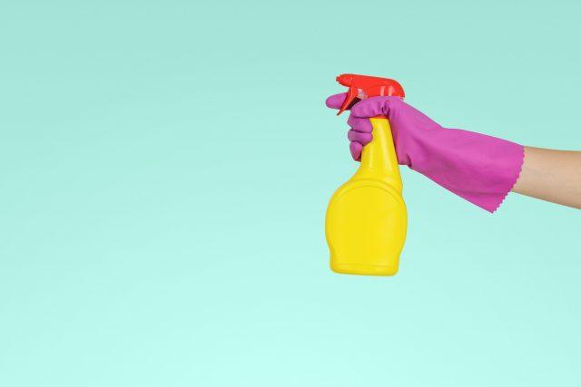 Como prevenir bacterias y suciedad en cuartos fríos